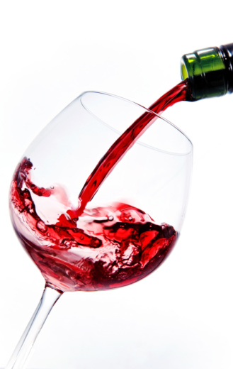 Pouring「Pouring red wine into a wine glass」:スマホ壁紙(19)