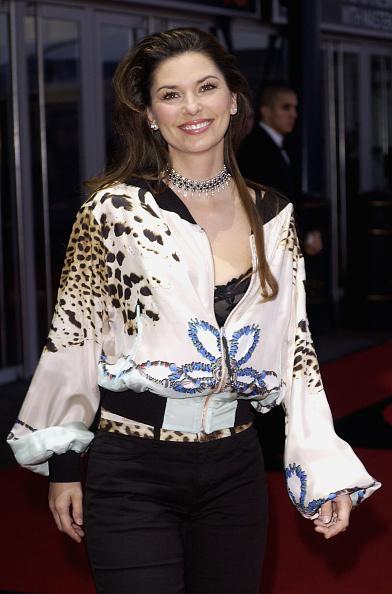 Steve Finn「Brit Awards 2004 Arrivals」:写真・画像(8)[壁紙.com]