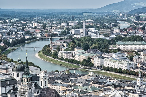 Music Festival「Historic city of Salzburg at sunset in summer, Austria」:スマホ壁紙(5)