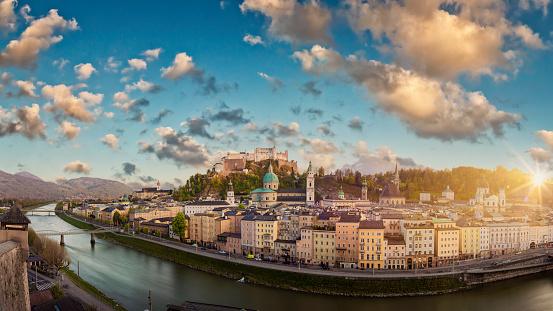 Music Festival「Historic city of Salzburg, Salzburger Land, Austria」:スマホ壁紙(11)