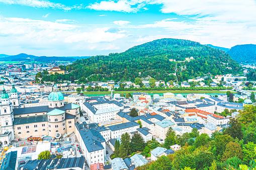 Music Festival「Historic city of Salzburg in summer, Austria」:スマホ壁紙(17)