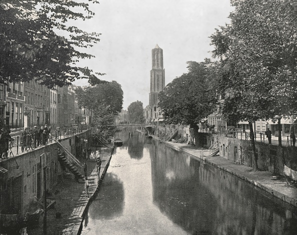 Utrecht「Old Canal And Dom Tower」:写真・画像(5)[壁紙.com]