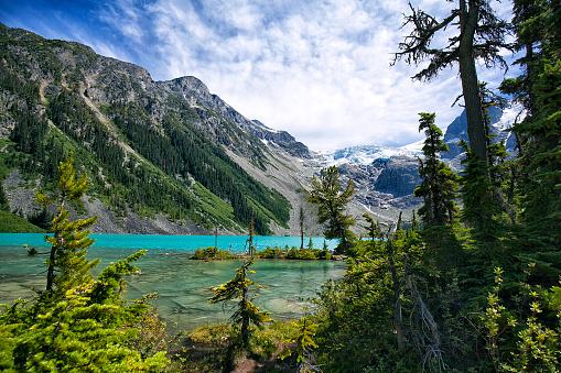 Whistler - British Columbia「Joffre Lakes in summer, BC, Canada」:スマホ壁紙(15)