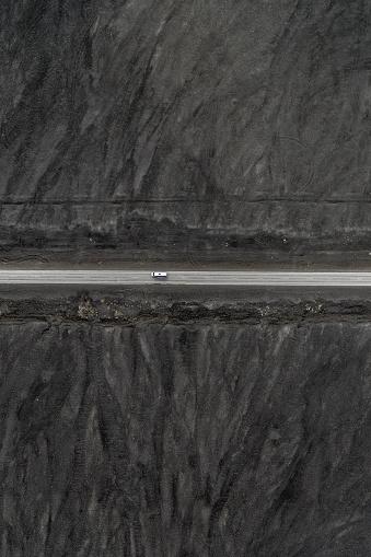 Volcanic Landscape「Road crossing volcanic landscape, Iceland」:スマホ壁紙(1)
