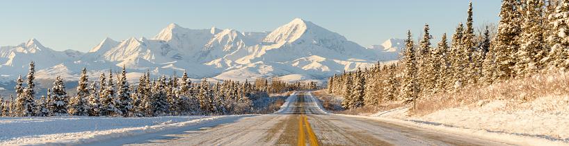 Snow mountain「Alaska Winter Highway Mountains Panorama」:スマホ壁紙(19)