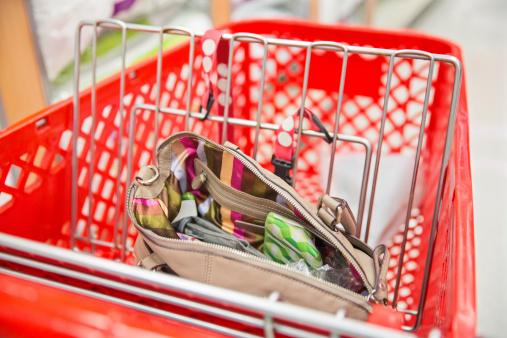 Fully Unbuttoned「open handbag or pocketbook」:スマホ壁紙(6)