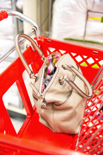 Fully Unbuttoned「open handbag or pocketbook」:スマホ壁紙(8)