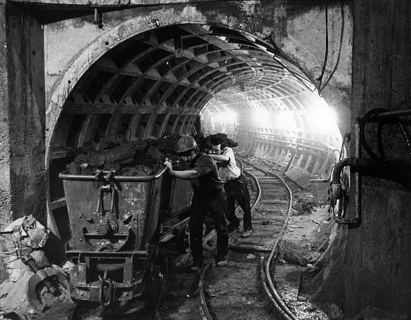 Digging「Cable Tunnel」:写真・画像(14)[壁紙.com]
