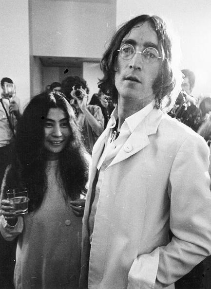 Drinking Glass「John And Yoko」:写真・画像(5)[壁紙.com]