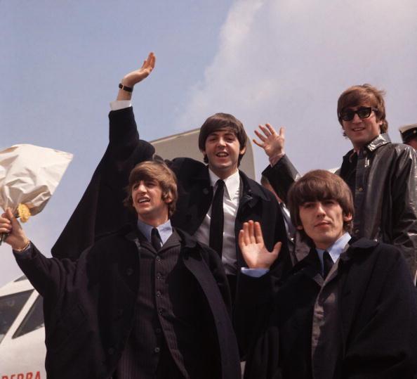 Color Image「The Waving Beatles」:写真・画像(2)[壁紙.com]