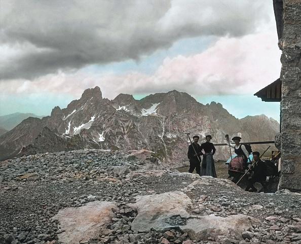 Dachstein Mountains「Dachstein: Gosaukamm with the Bischofsmutze (Bishop's Mitre) mountain and the Adamekhutte (opened in 1908). Salzkammergut. Upper Austria. Hand-colored lantern slide. Around 1910.」:写真・画像(15)[壁紙.com]