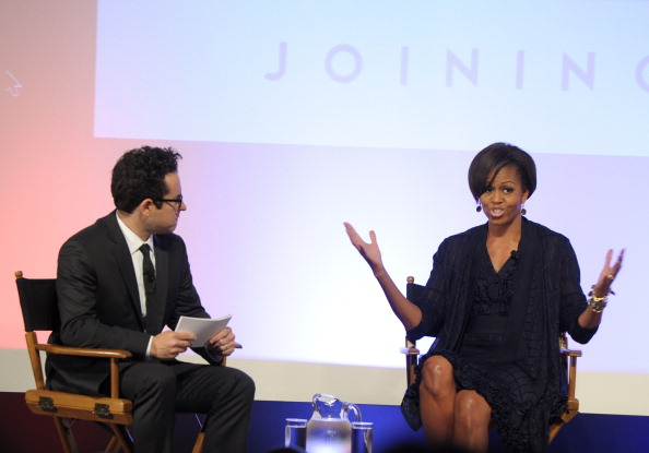Connection「First Lady Michelle Obama Discusses Joining Forces With Hollywood Trade Representatives」:写真・画像(16)[壁紙.com]