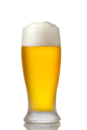 Liquid「Cold Beer Glass isolated on white」:スマホ壁紙(13)