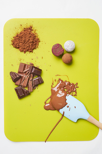Milk Chocolate「Chocolate (scene; 6 of 6)」:スマホ壁紙(15)