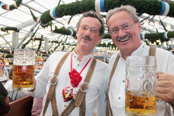 Beer Festival「Oktoberfest 2011 - Opening Day」:写真・画像(10)[壁紙.com]