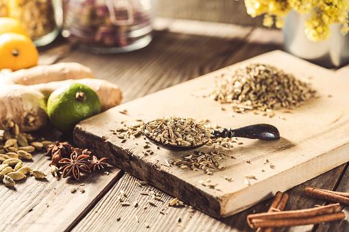 Fennel「Dried fennel seeds for tea brewing」:スマホ壁紙(15)