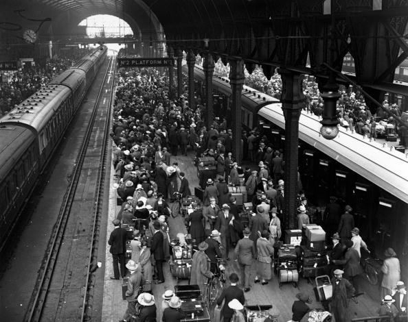 Waiting「Crowded Platforms」:写真・画像(14)[壁紙.com]