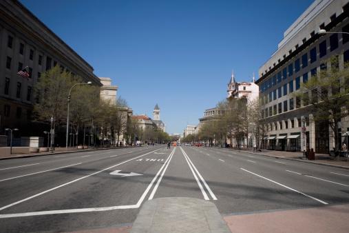 ワシントンDC「Street scene in Washington DC, USA」:スマホ壁紙(17)