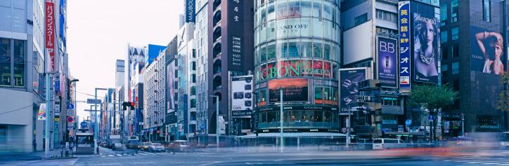Ginza「Street scene in a city」:スマホ壁紙(2)