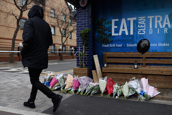 Murder「14 Year Old Boy Stabbed To Death In North London」:写真・画像(15)[壁紙.com]