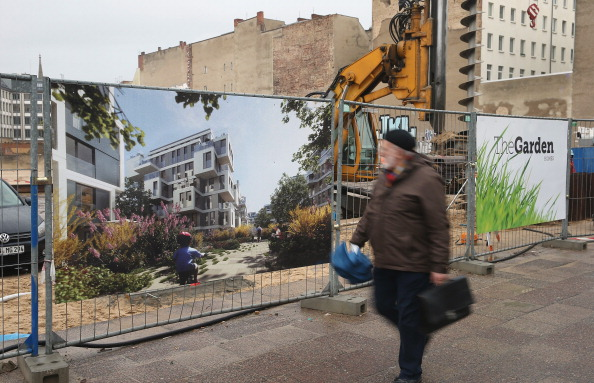 Apartment「Low Interest Rates Spark Construction Boom」:写真・画像(17)[壁紙.com]