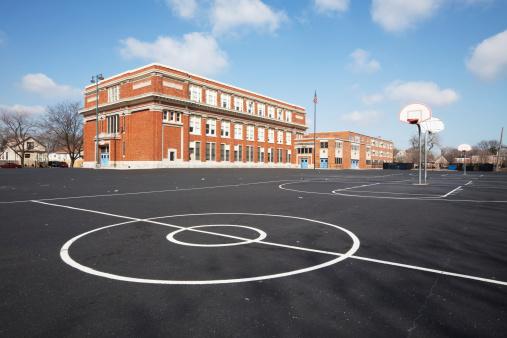 Outdoors「Chicago School Yard」:スマホ壁紙(11)