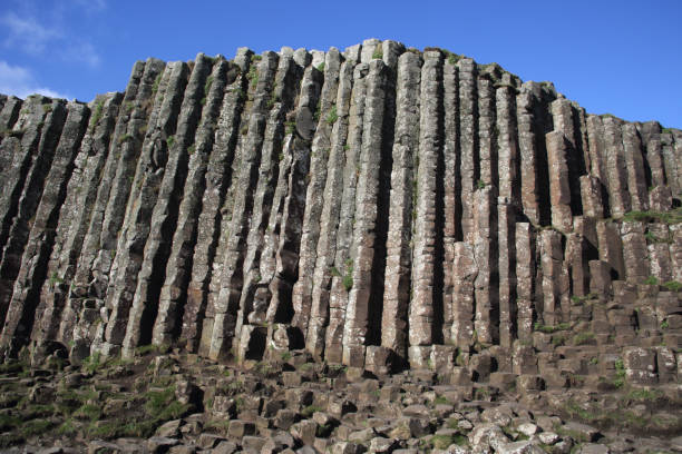 High basalt columns of Giant's Causeway, N. Ireland.:スマホ壁紙(壁紙.com)