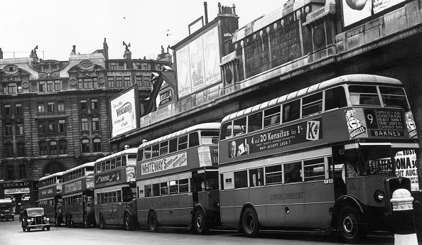 Liverpool F「London Buses」:写真・画像(14)[壁紙.com]