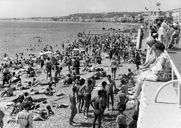 Nice - France「Bathers At Nice」:写真・画像(6)[壁紙.com]