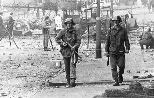 Problems「Soldiers In Belfast」:写真・画像(1)[壁紙.com]