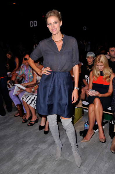 Stephen Lovekin「Luis Antonio - Front Row - Mercedes-Benz Fashion Week Spring 2015」:写真・画像(13)[壁紙.com]