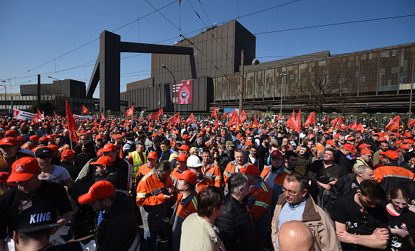 Finance and Economy「Steelworkers Protest European Steel Policies」:写真・画像(6)[壁紙.com]