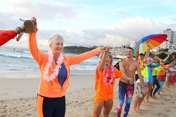Lisa Maree Williams「Surfers Gather To Raise Awareness Of Mental Health」:写真・画像(10)[壁紙.com]