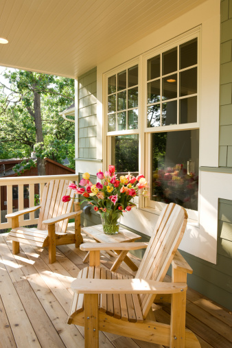 Adirondack Chair「Chairs and flowers on home front porch.」:スマホ壁紙(17)