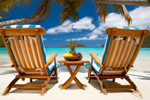 Pineapple「chairs and table with fruit at a tropical Caribbean beach」:スマホ壁紙(16)