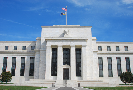 Banking「Exterior of the US Federal Reserve Building in Washington DC」:スマホ壁紙(9)
