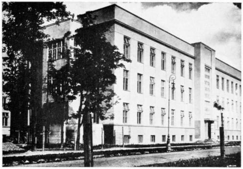 20th Century Style「Exterior of the Radium Institute in Warsaw, Poland」:スマホ壁紙(2)