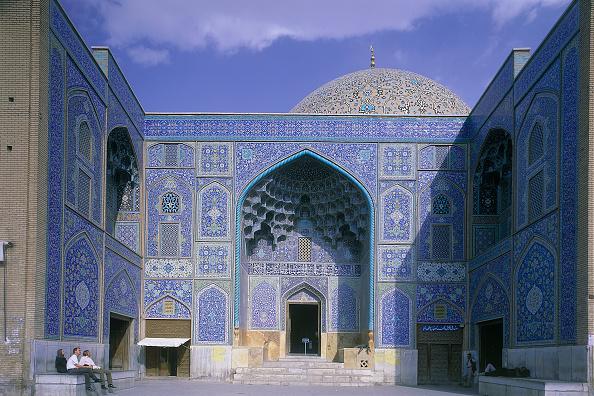 Architecture「Exterior of Mosque. Esfahan, Iran.」:写真・画像(19)[壁紙.com]