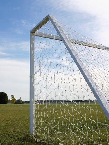 Goal Post「Empty Soccer Goal」:スマホ壁紙(9)