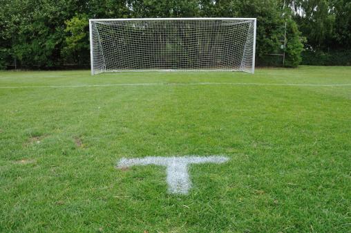 Goal - Sports Equipment「Empty soccer goal with penalty spot on football field」:スマホ壁紙(9)