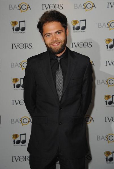 Passenger「Ivor Novello Awards - Arrivals」:写真・画像(3)[壁紙.com]