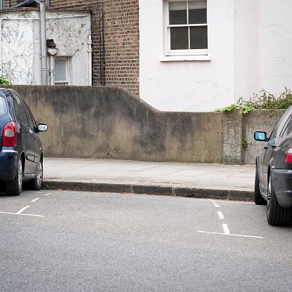 European Culture「Street Parking Space」:スマホ壁紙(18)