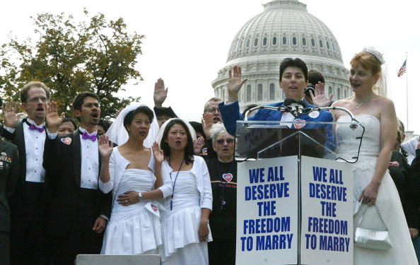 Wedding Vows「Gay Activists Rally On National Coming Out Day」:写真・画像(1)[壁紙.com]