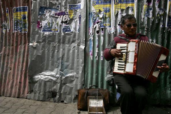 Accordion - Instrument「Pivotal Election Nears In Bolivia」:写真・画像(3)[壁紙.com]