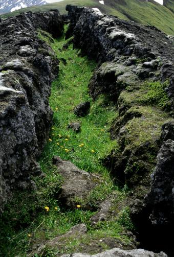 地質構造「アイスランドのプレート地質構造」:スマホ壁紙(11)