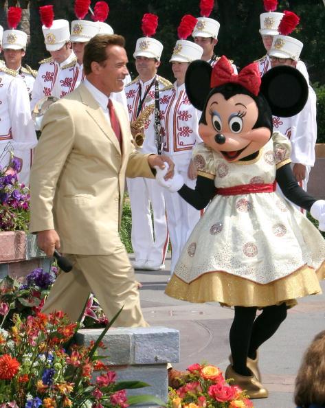 ミニーマウス「Disneyland's 50th Anniversary」:写真・画像(4)[壁紙.com]