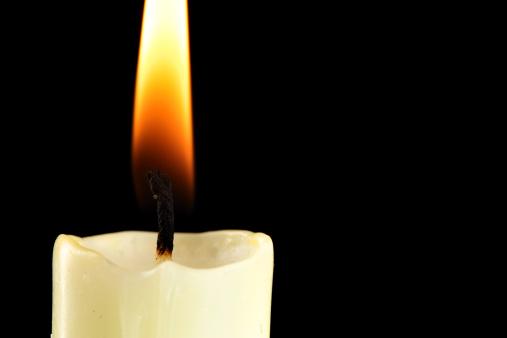 Praying「Burning candle」:スマホ壁紙(16)
