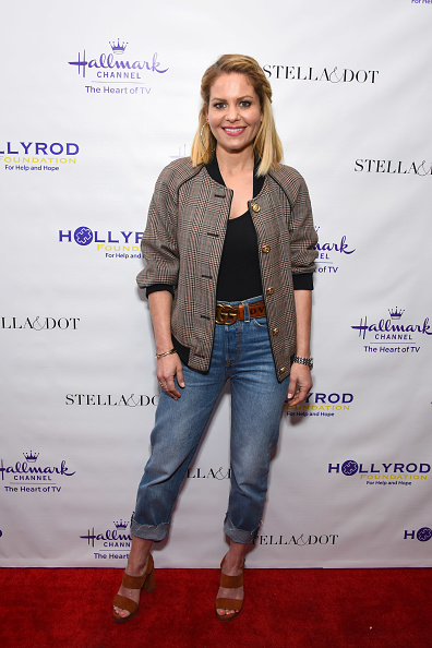 Fully Unbuttoned「Stella & Dot x HollyRod Foundation Charity Trunk Show for Autism Awareness Month」:写真・画像(1)[壁紙.com]