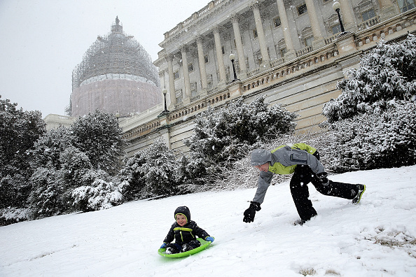 Crockery「March Snowstorm Hits Washington DC Area」:写真・画像(19)[壁紙.com]