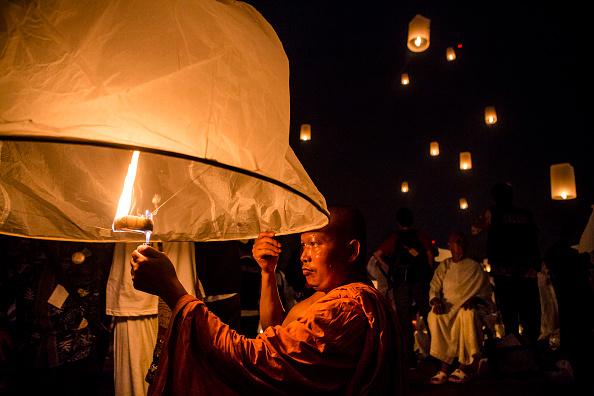 Travel Destinations「Indonesian Buddhists Celebrate The Vesak Holiday」:写真・画像(11)[壁紙.com]